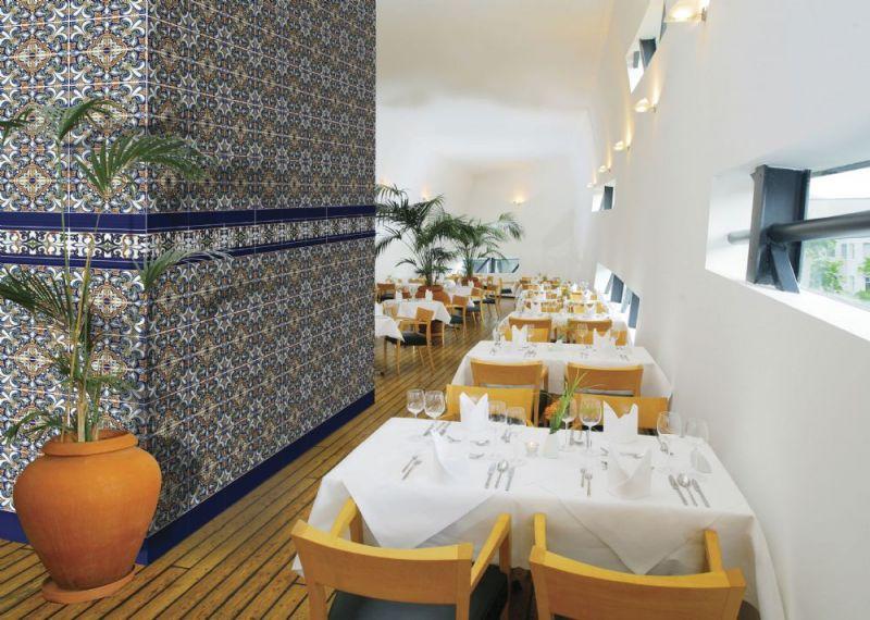 boden und wandfliesen oriental adra base 14x28 cm orientalische fayence fliesen. Black Bedroom Furniture Sets. Home Design Ideas
