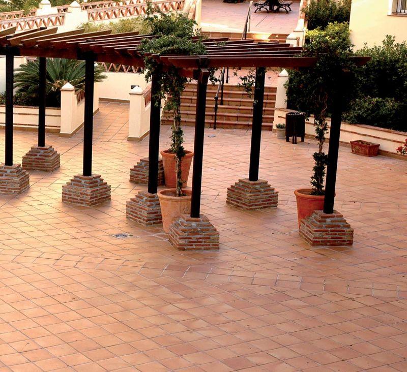 Badezimmer Fliesen 20 X 25: Boden- Und Wandfliesen. Terrasse